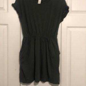 H&M olive green dress with pockets